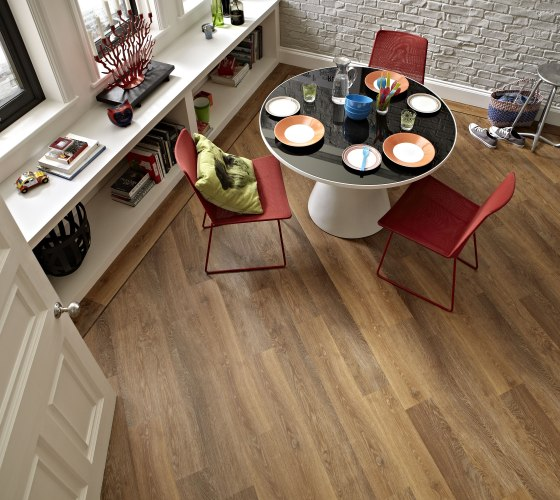 Karndean Classic Limed Oak urban look dining room